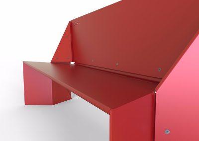 particolare di panchina da esterno rossa